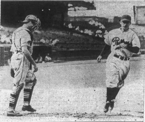 Pinky Whitney trots home after hitting his first of two home runs on the day versus the Cardinals on May 18, 1938.